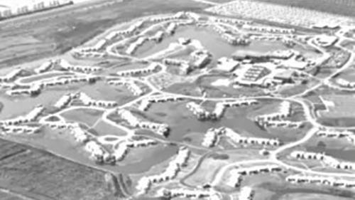 1979 - Luchtfoto van De Eemhof in aanbouw