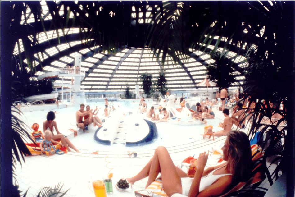 1983 - Subtropisch zwemparadijs van de net geopende De Kempervennen